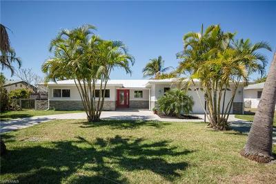 Cape Coral Single Family Home For Sale: 5330 Bayshore Ave