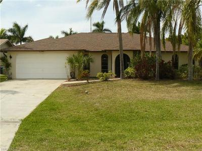 Cape Coral Single Family Home For Sale: 5206 SW 11th Pl