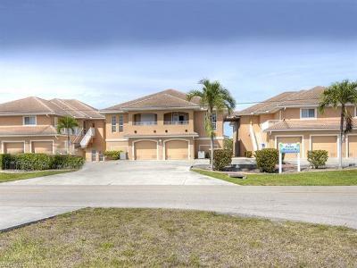 Cape Coral Condo/Townhouse For Sale: 917 SW 47th Ter #104