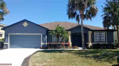 Lehigh Acres Single Family Home For Sale: 113 Shadow Lakes Dr