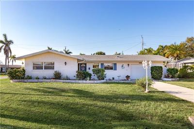 Cape Coral Single Family Home For Sale: 760 Coral Dr