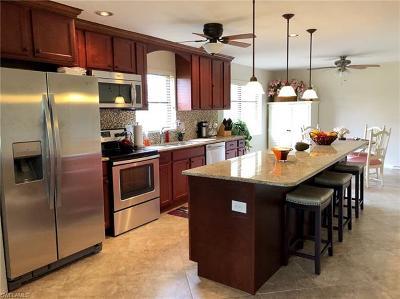 Cape Coral FL Condo/Townhouse For Sale: $189,500