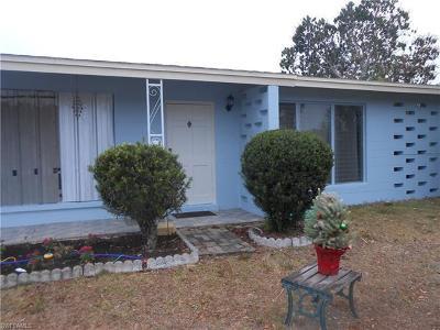 Lehigh Acres Single Family Home For Sale: 907 Leeland Heights Blvd E