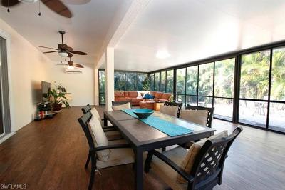 Fort Myers Single Family Home For Sale: 9910 Via San Marco Loop