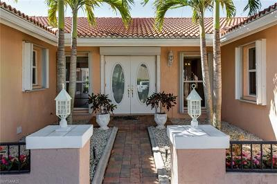 Cape Coral Single Family Home For Sale: 2012 SE 27th Ter