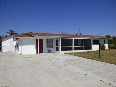 Lehigh Acres Single Family Home For Sale: 301 Davis Rd