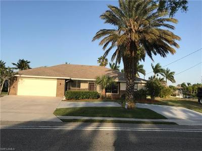 Cape Coral Single Family Home For Sale: 4519 Pelican Blvd