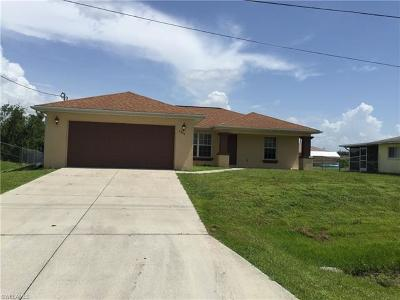 Lehigh Acres Single Family Home For Sale: 3804 11th St W