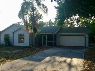 Fort Myers Single Family Home For Sale: 8749 Chatham St