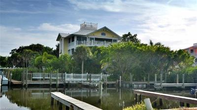 Captiva Single Family Home For Sale: 311 Spanish Gold Ln