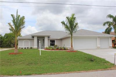 Cape Coral Single Family Home For Sale: 1214 SW 1st Pl