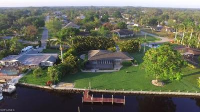 Fort Myers Single Family Home For Sale: 14538 Riverside Dr