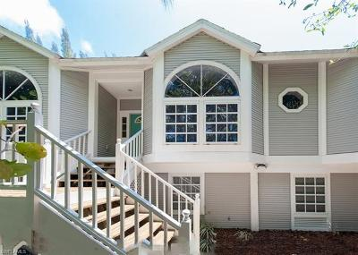 Captiva, Sanibel Single Family Home For Sale: 660 Oliva St