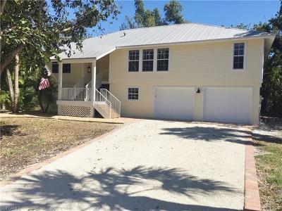 Sanibel Single Family Home For Sale: 1851 Farm Trl