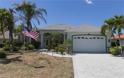 Cape Coral Single Family Home For Sale: 3514 SE 17th Pl