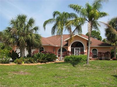 Bokeelia Single Family Home For Sale: 7230 Guava Ave