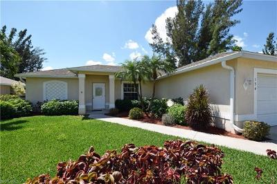 Cape Coral Single Family Home For Sale: 154 SE 15th Ter