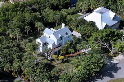 Sanibel Single Family Home For Sale: 501 Lagoon Dr