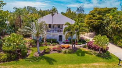 Captiva, Sanibel Single Family Home For Sale: 1476 Sand Castle Rd