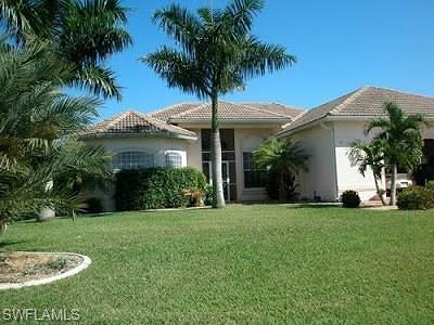 Cape Coral Single Family Home For Sale: 5413 SW 25th Pl