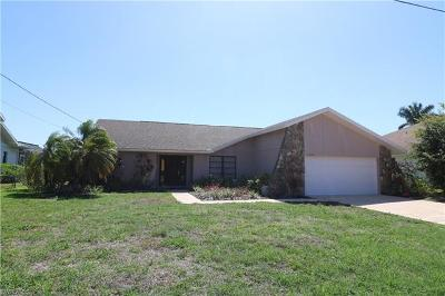Cape Coral, Matlacha, North Fort Myers Single Family Home For Sale: 5229 SW 11th Ct