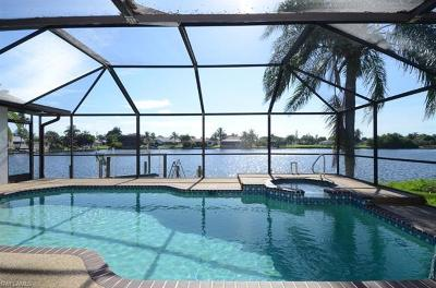 Cape Coral Single Family Home For Sale: 4517 SW 5th Ave