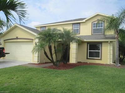 Fort Myers Single Family Home For Sale: 11318 Lake Cypress Loop