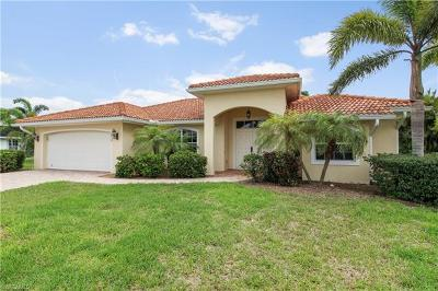 Cape Coral Single Family Home For Sale: 1737 SE 39th Ter