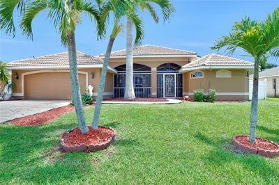 Cape Coral Single Family Home For Sale: 4907 Agualinda Blvd