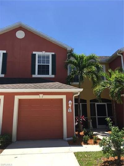 Fort Myers Condo/Townhouse For Sale: 3002 Palmetto Oak Dr #104