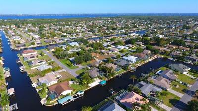 Charlotte County, Collier County, Desoto County, Glades County, Hendry County, Lee County, Sarasota County Residential Lots & Land For Sale: 1025 SE 20th Ave