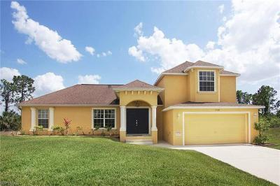 Cape Coral Single Family Home For Sale: 1720 NE 33rd Ln
