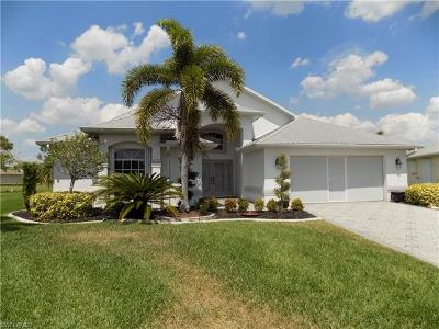 North Fort Myers Single Family Home For Sale: 17750 Ficus Ct