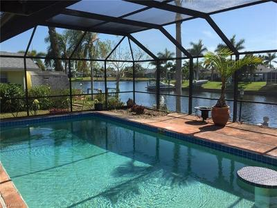 Cape Coral Single Family Home For Sale: 4424 SW 1st Pl
