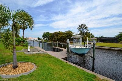 Cape Coral Single Family Home For Sale: 4305 SE 13th Pl