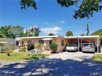 Fort Myers Beach Multi Family Home For Sale: 127/129 Fairweather Ln