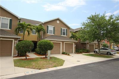 Fort Myers Condo/Townhouse For Sale: 3650 Pine Oak Cir #107
