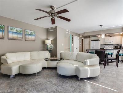 Captiva, Sanibel Condo/Townhouse For Sale: 2265 W Gulf Dr #320F
