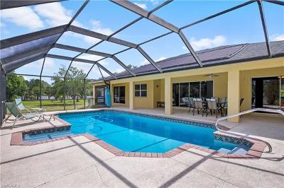 Lehigh Acres Single Family Home For Sale: 707 Thompson Ave