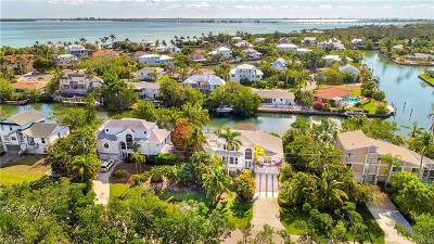 Sanibel Single Family Home For Sale: 1720 Dixie Beach Blvd