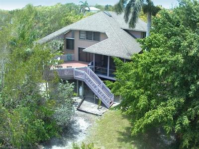 Sanibel Single Family Home For Sale: 1020 Bird Watch Way
