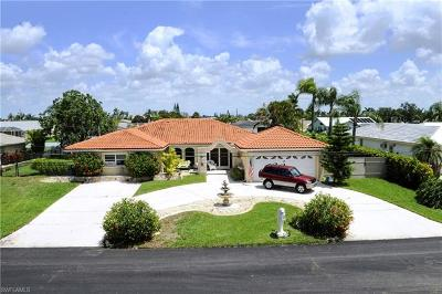 Cape Coral, Matlacha, North Fort Myers Single Family Home For Sale: 1039 SE 30th Ter