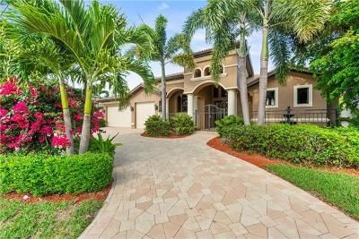 Cape Coral Single Family Home For Sale: 4935 Pelican Blvd