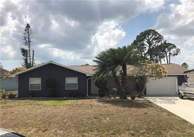 Bonita Springs Single Family Home For Sale: 26765 Lost Woods Cir