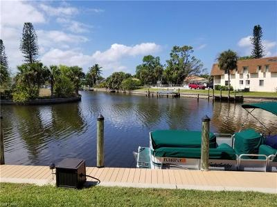 Cape Coral, North Fort Myers, Fort Myers Condo/Townhouse For Sale: 708 Victoria Dr #102