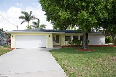 Bokeelia, Cape Coral, Captiva, Fort Myers, Fort Myers Beach, Matlacha, Sanibel, St. James City, Upper Captiva Single Family Home For Sale: 5217 SW 11th Ave