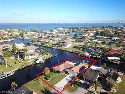 Cape Coral Single Family Home For Sale: 2624 SE 21st Ave