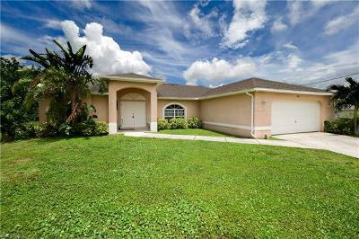Cape Coral Single Family Home For Sale: 1421 NE 1st Ave