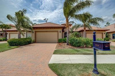 Collier County Condo/Townhouse For Sale: 7535 Moorgate Point Way
