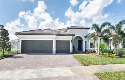Fort Myers Single Family Home For Sale: 11601 Castlereagh St